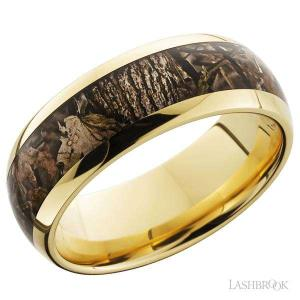 8 mm wide/Domed/14K Yellow Gold band with one 5 mm Centered inlay of King^s Woodland.