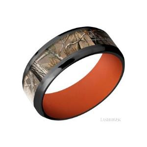 8 mm wide/Beveled/Zirconium band with one 5 mm Centered inlay of RealTree AP also featuring a Hunter Orange sleeve.